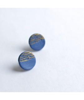 SOUVENIR kobalt blauw porselein oorbel by Fleurfatale