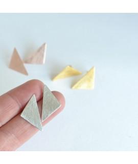 GEOMETRICS zilverren oorbellen driehoek by Fleurfatale