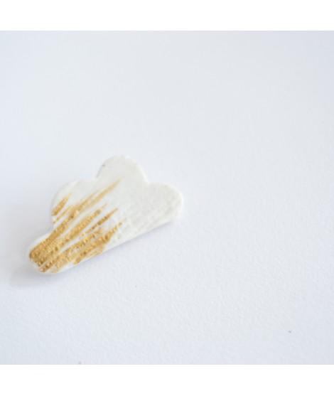 witte porselein wolk broche WOLKENJAGERS by Fleurfatale