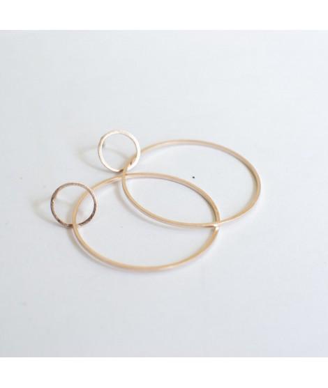 CIRCULAR rose goud vergulde oorbellen cirkel by Fleurfatale