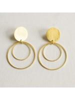 CIRCULAR gouden cirkel oorbellen  by Fleurfatale