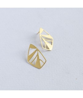 FRAGILE/NOTFRAGILE gouden vlinder oorbellen by Fleurfatale