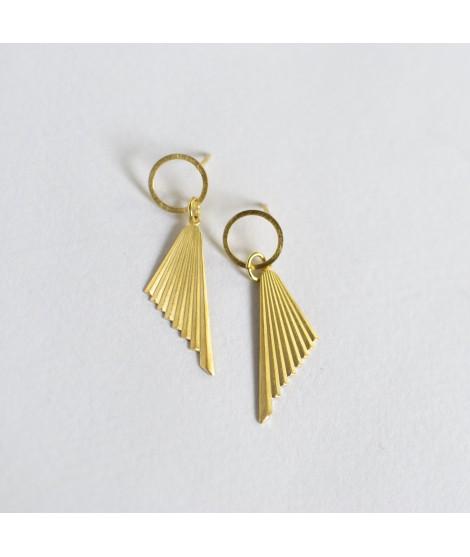 FRIDA goudvergulde waaier oorbellen by Fleurfatale