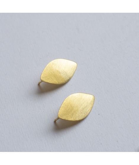 druppelvormige gouden oorstekers GOCCIA by Fleurfatale