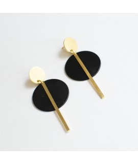 SIMPLY BLACK earrings gold & black by Fleurfatale