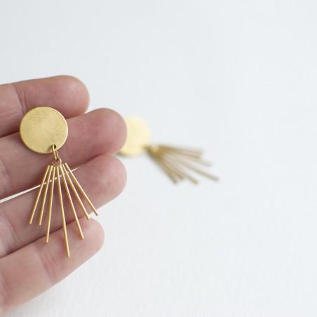 AYMARA goud vergulde oorbellen by Fleurfatale