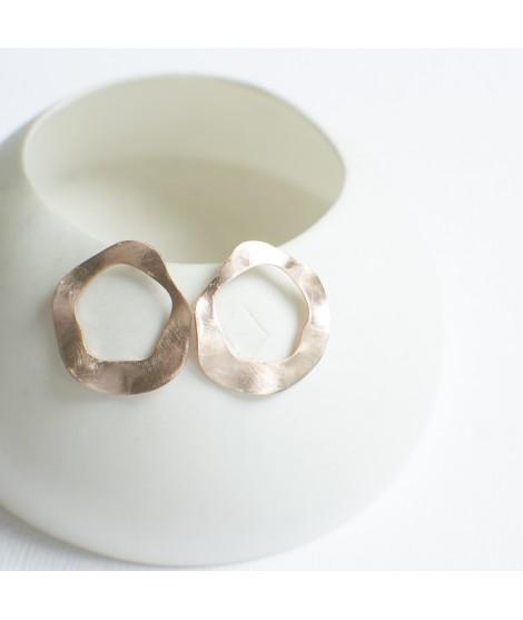 SOPHIA rosévergulde oorbellen by Fleurfatale