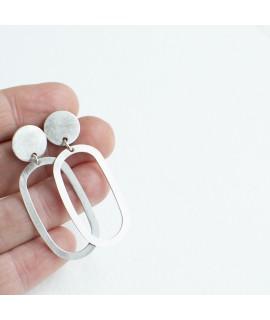 Zilveren ellips oorbellen by Fleurfatale