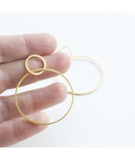 goudvergulde oorbellen met cirkels by Fleurfatale