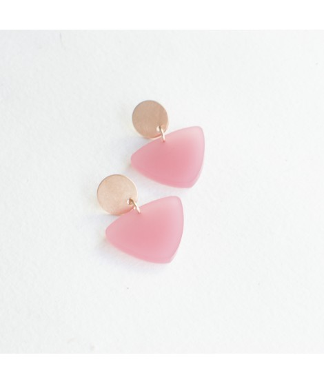 Rosé gouden oorbellen met hyacint roze druppel by Fleurfatale
