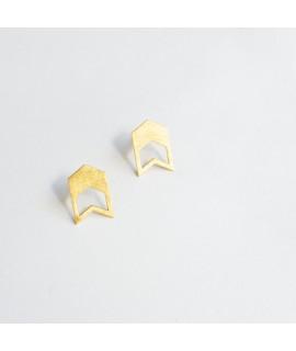 TALKING TRACES goud vergulde geometrische oorbellen by Fleurfatale