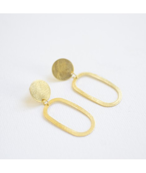 goud vergulde ellips oorbellen by Fleurfatale uit gent