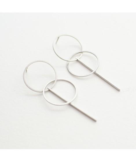 zilveren oorbel met cirkels by Fleurfatale