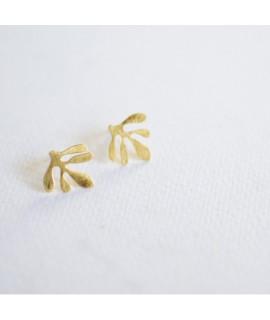 goudvergulde zeewier oorbellen by Fleurfatale