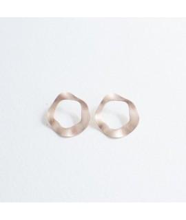rosé goud vergulde oorbellen by Fleurfatale