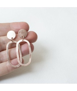 rose vergulde ellips oorbellen by Fleurfatale uit Gent
