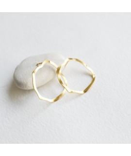 Goudvergulde grote cirkel oorbellen oorstekers by Fleurfatale uit Gent