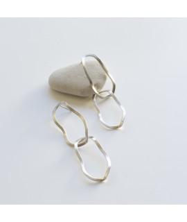 Zilveren of goudvergulde oorbellen / oorknoppen golf by Fleurfatale uit Gent