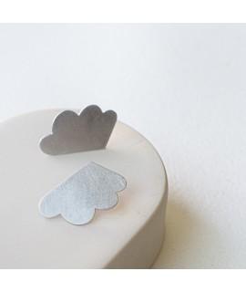 zilveren of 18k vergulde wolken oorbellen - oorstekers by Fleurfatale Gent -  into the clouds