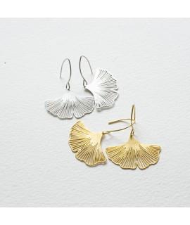 GINKGO - zilveren goudvergulde  oorbellen by Fleurfatale